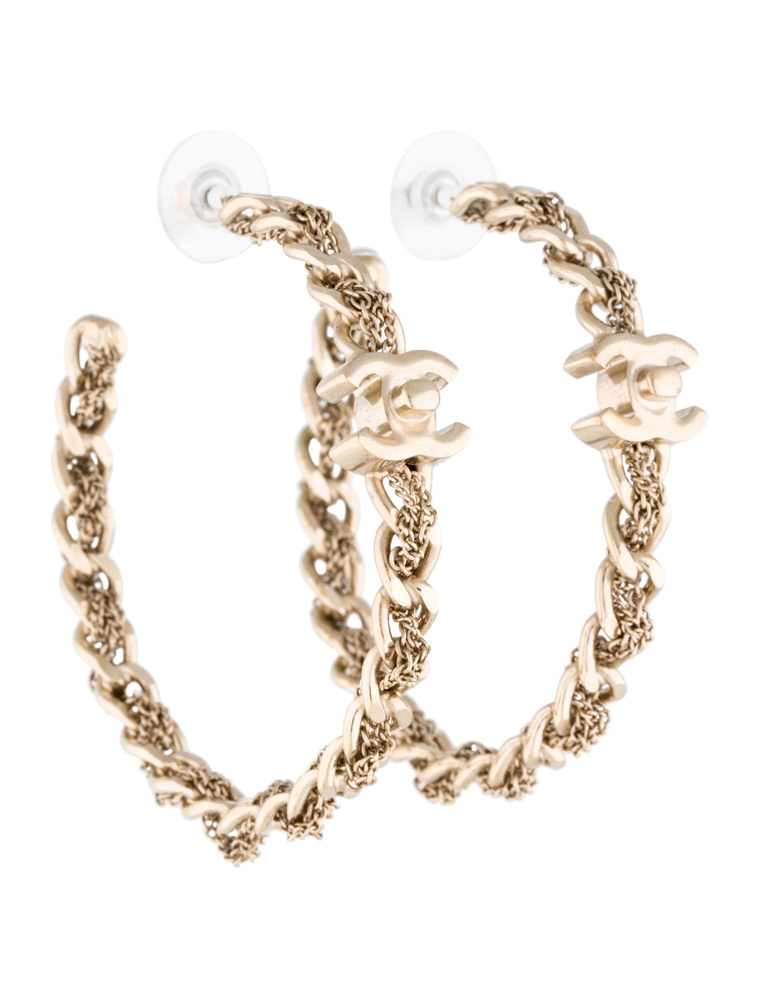 chanel chain link hoop earrings earrings cha72936