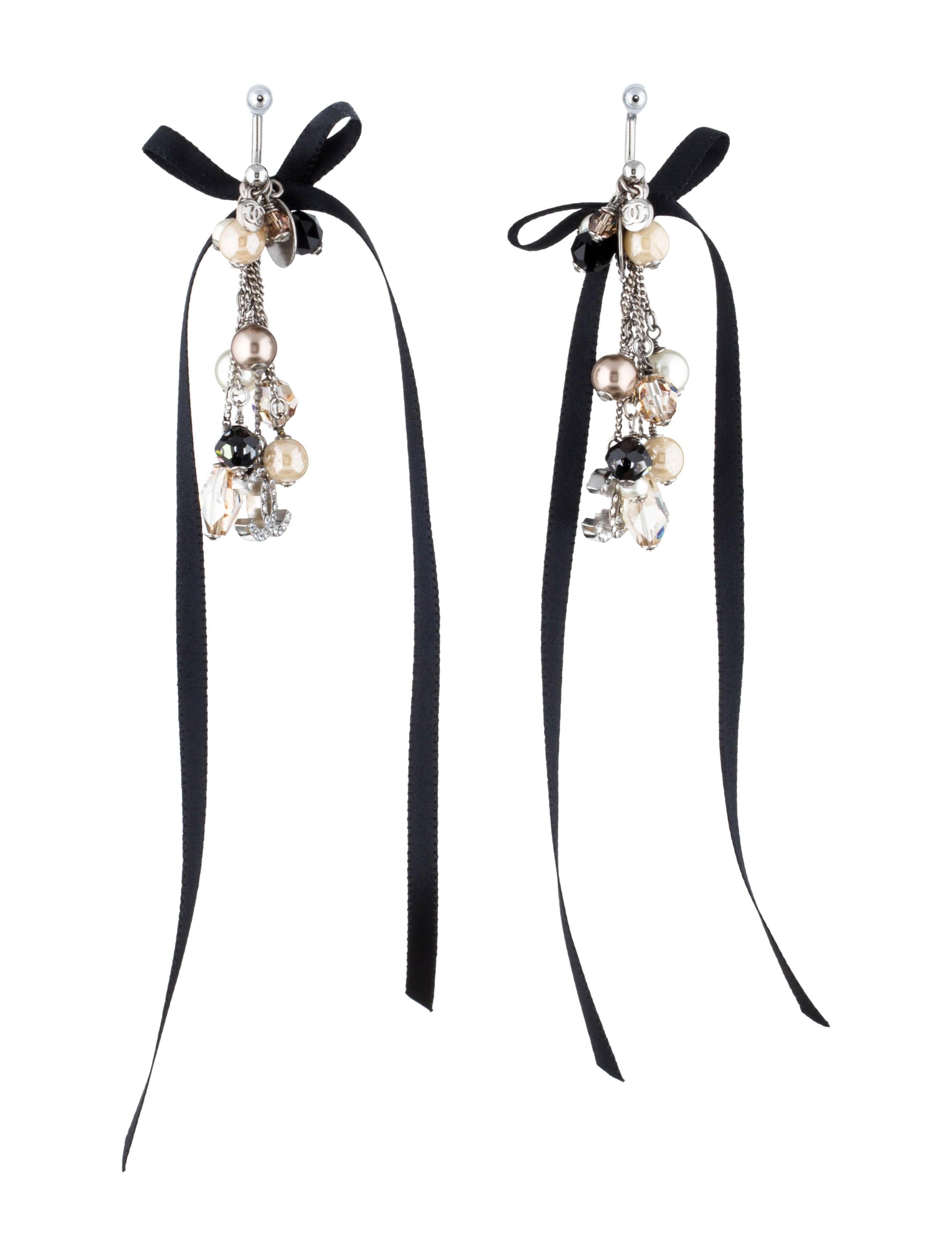 Chanel chandelier earrings earrings cha74542 the realreal chandelier earrings arubaitofo Images