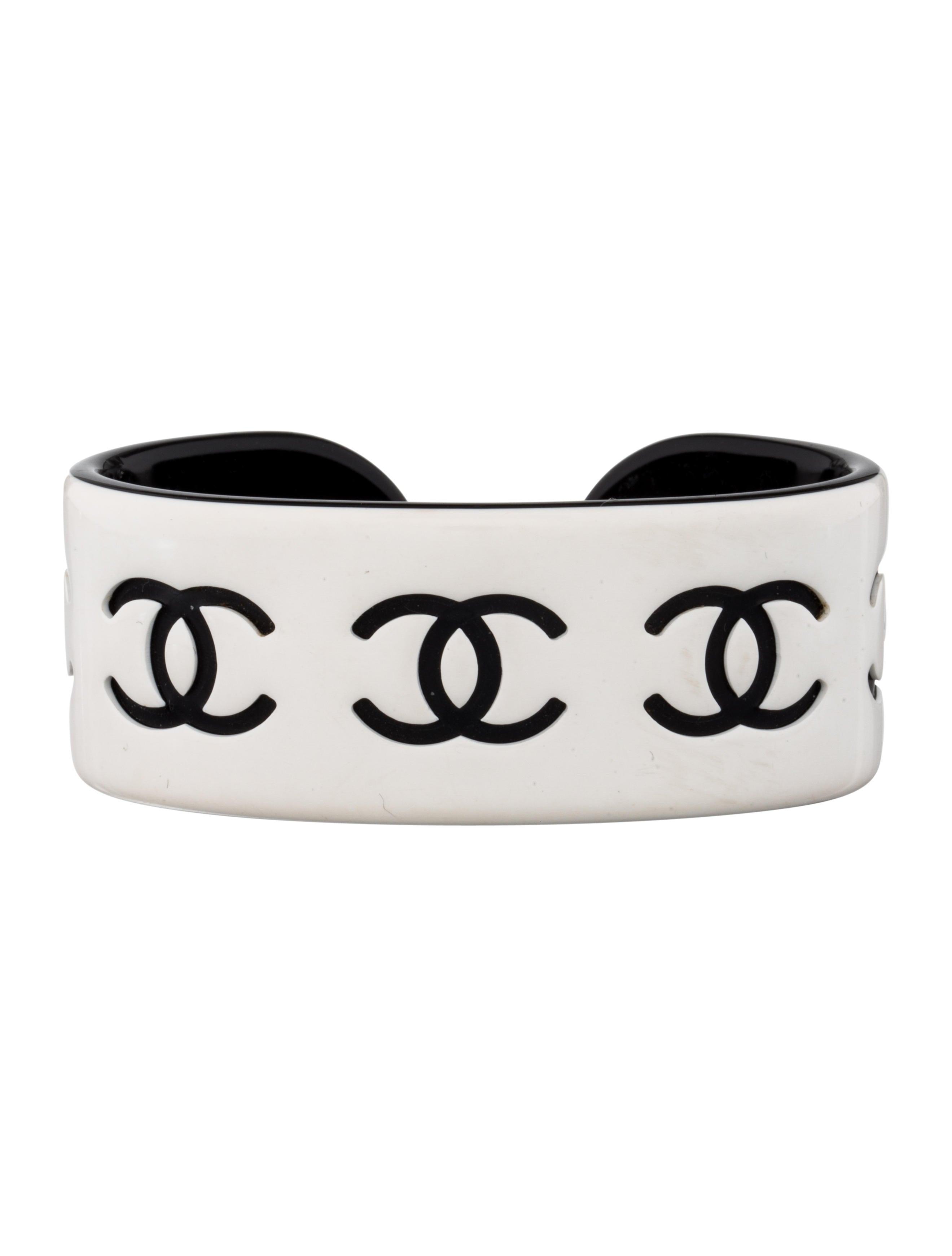 c7291a40958 Chanel Resin CC Cuff - Bracelets - CHA82012