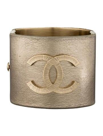 Metallic CC Cuff