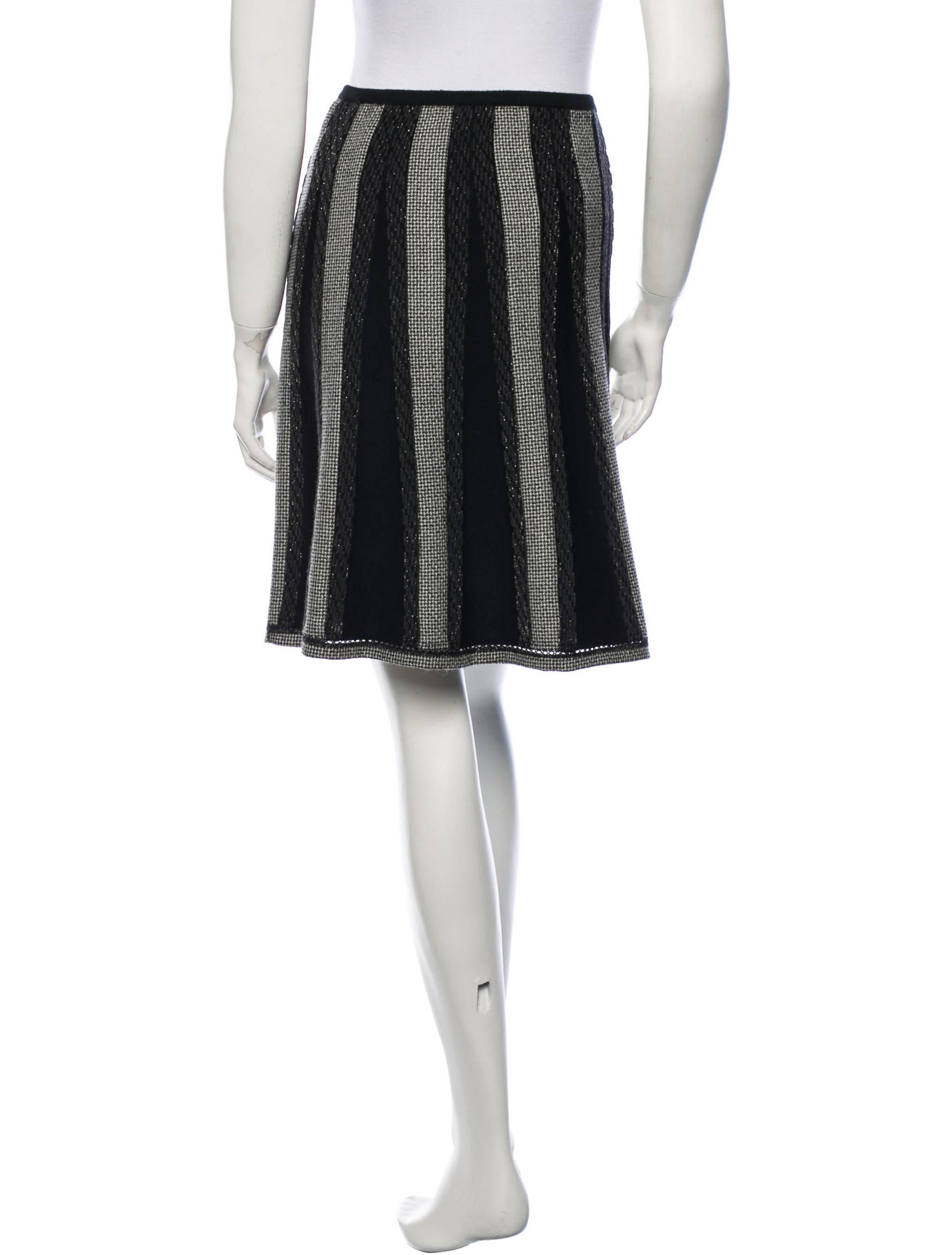 chanel a line wool skirt clothing cha86266 the realreal