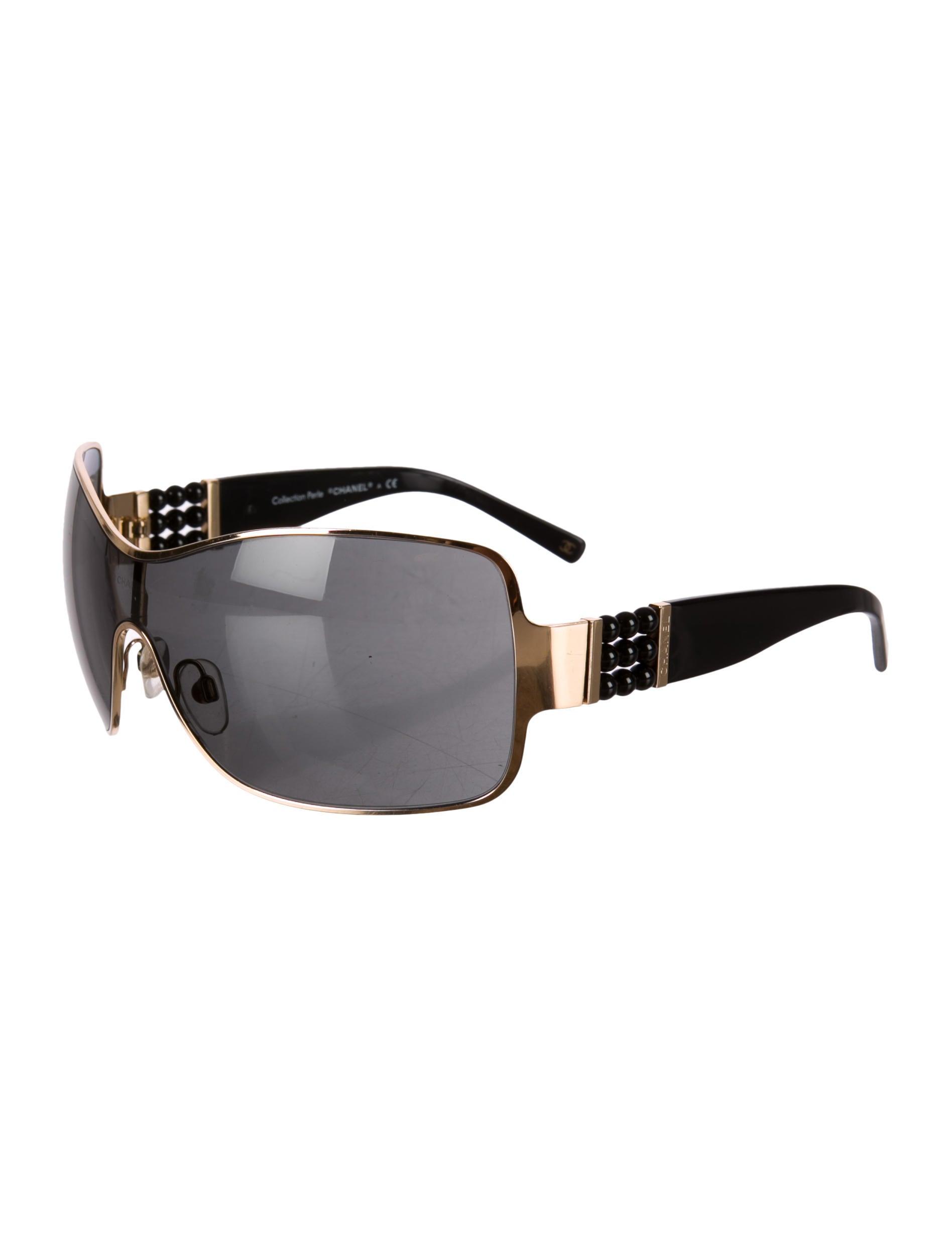 63a4e60264 Pearl Sunglasses Collection
