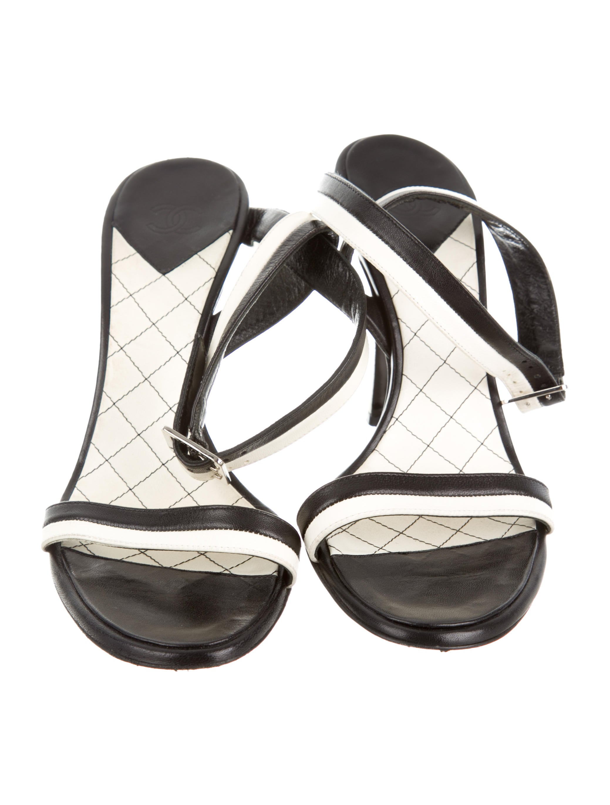 Chanel Round-Toe Leather Sandals - Shoes - CHA89519 | The RealReal