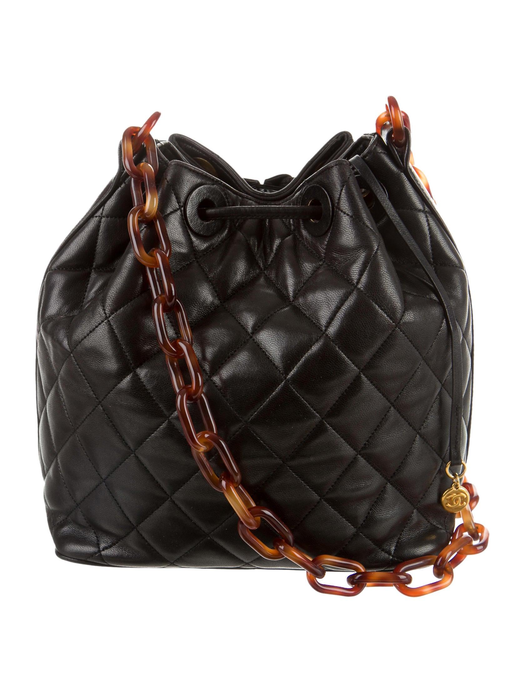 Chanel Quilted Lambskin Bucket Bag Handbags Cha94105