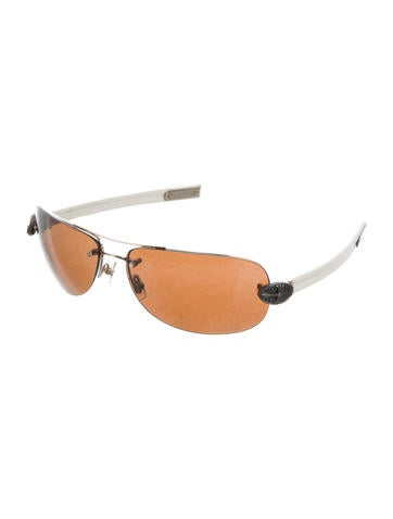 Classic Oval Sunglasses
