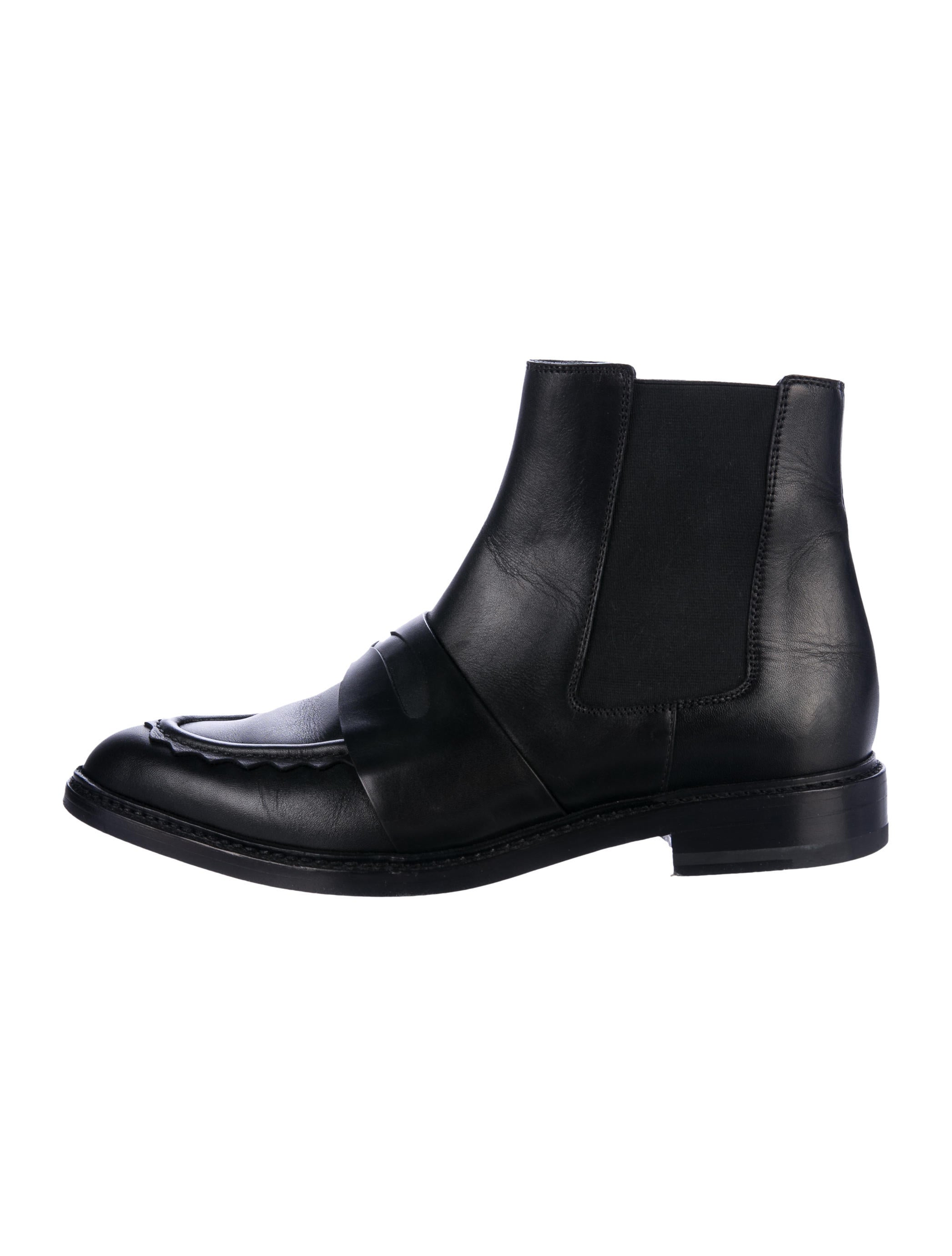 Christopher Kane Leather Semi Pointed-Toe Boots sale amazon clearance amazon cheap sale enjoy clearance genuine cheap sale amazing price LqwbCV