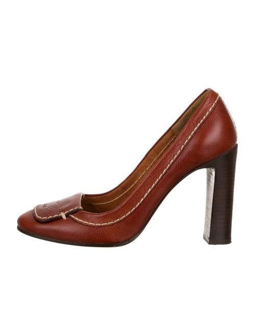 Leather Round Toe Pumps by Chloé