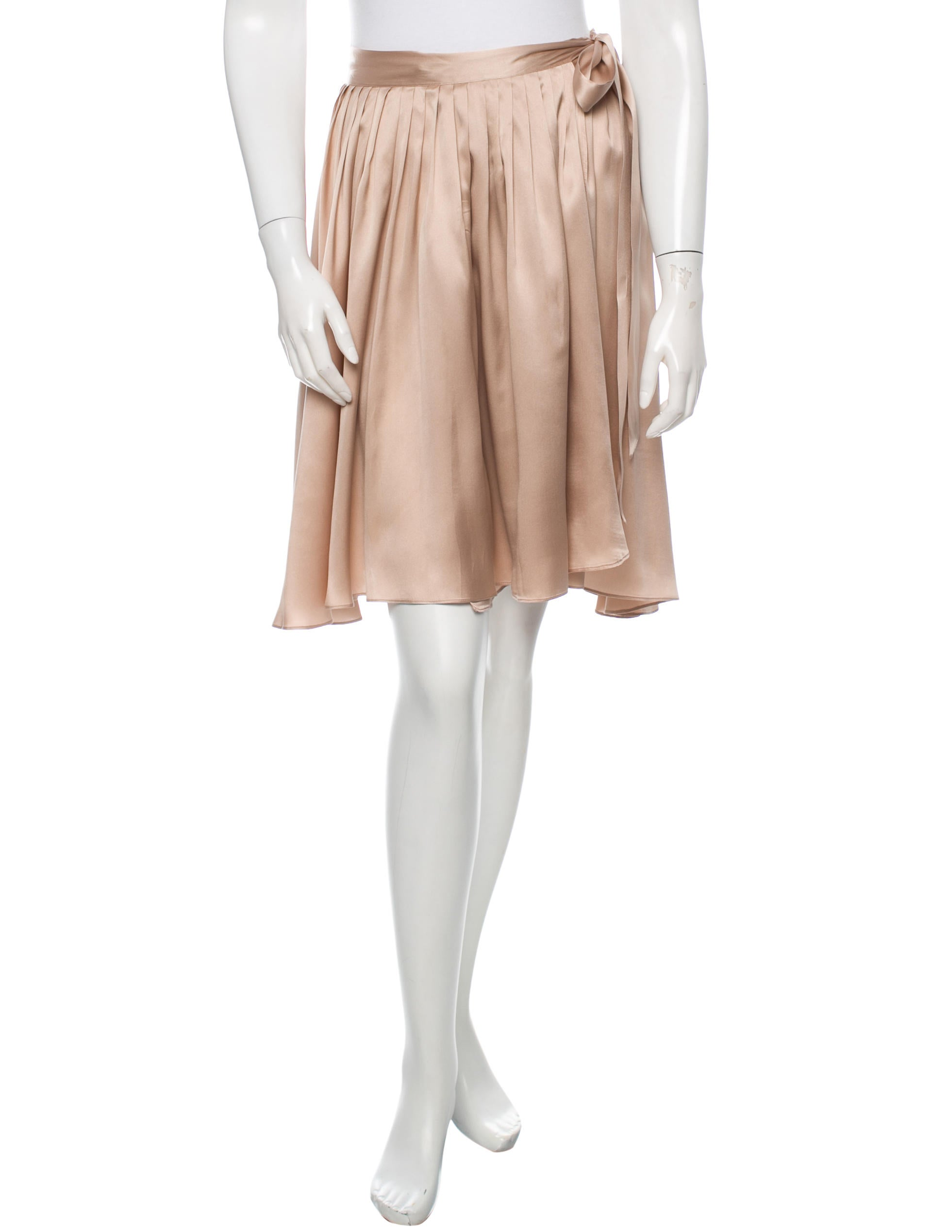 chlo 233 pleated silk skirt clothing chl45507 the realreal