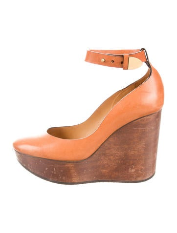 chlo 233 wooden platform wedges shoes chl46314 the realreal