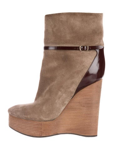 Chloé Suede Round-Toe Booties None