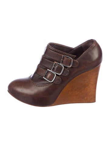 Chloé Leather Wedge Booties None