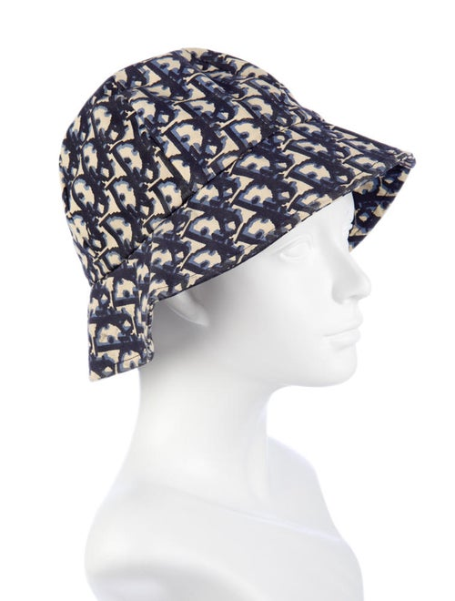 7be0debe4 Christian Dior Bucket Hat - Accessories - CHR10129 | The RealReal