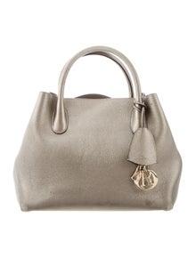 d6214b19e991 Christian Dior Handbags   The RealReal
