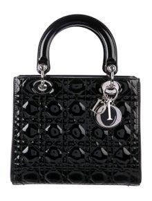462aea2f8 Handle Bags | The RealReal