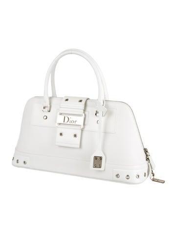 Street Chic Handle Bag
