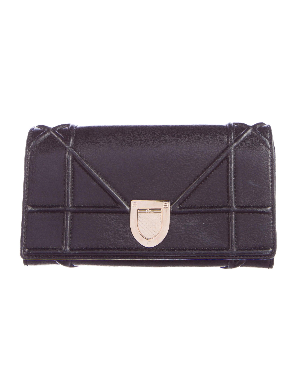 Christian Dior Mini Diorama Bag - Handbags - CHR42499   The RealReal f98fcc5ea153