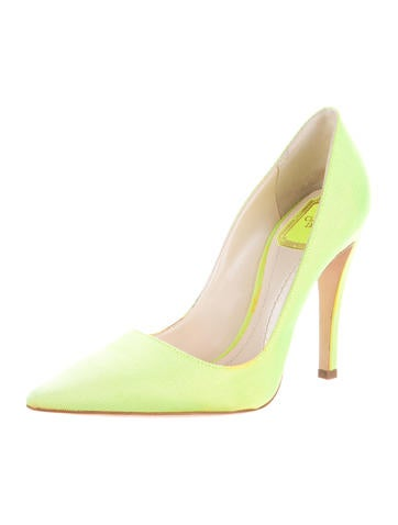 Pointed-Toe Woven Pumps
