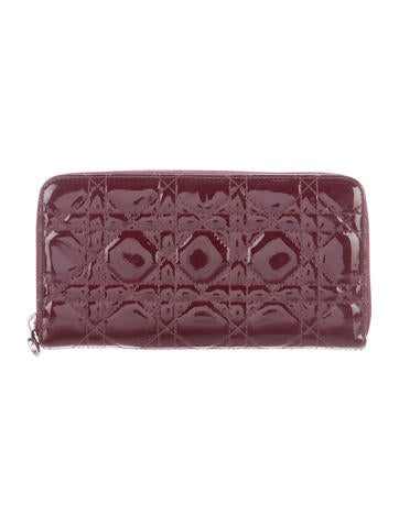 Christian Dior Lady Dior Cannage Wallet None