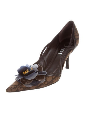 Christian Dior Floral Appliqué Diorissimo Pumps amazing price cheap online buy cheap fashion Style low cost sale online hsj5FX