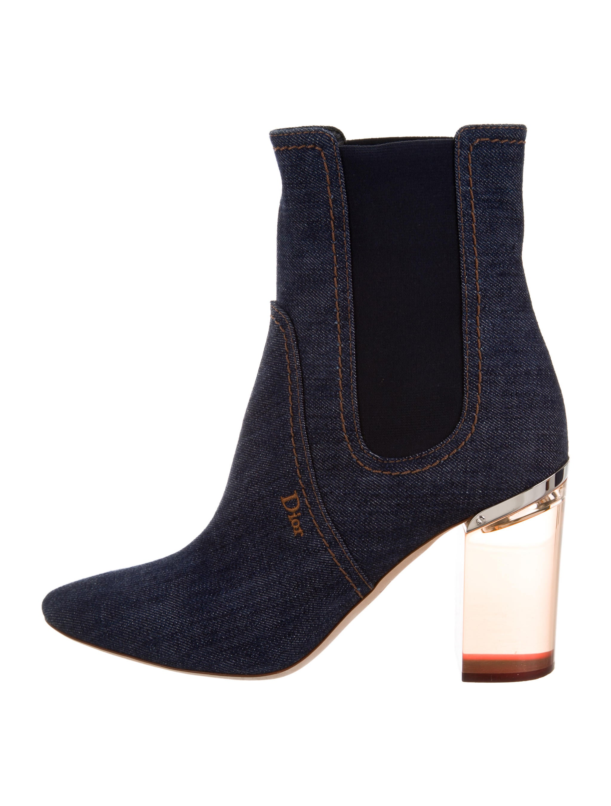 New The BIGGEST Mistake Women Make When Wearing Ankle Boots - The Heartu0026#39;s Delight