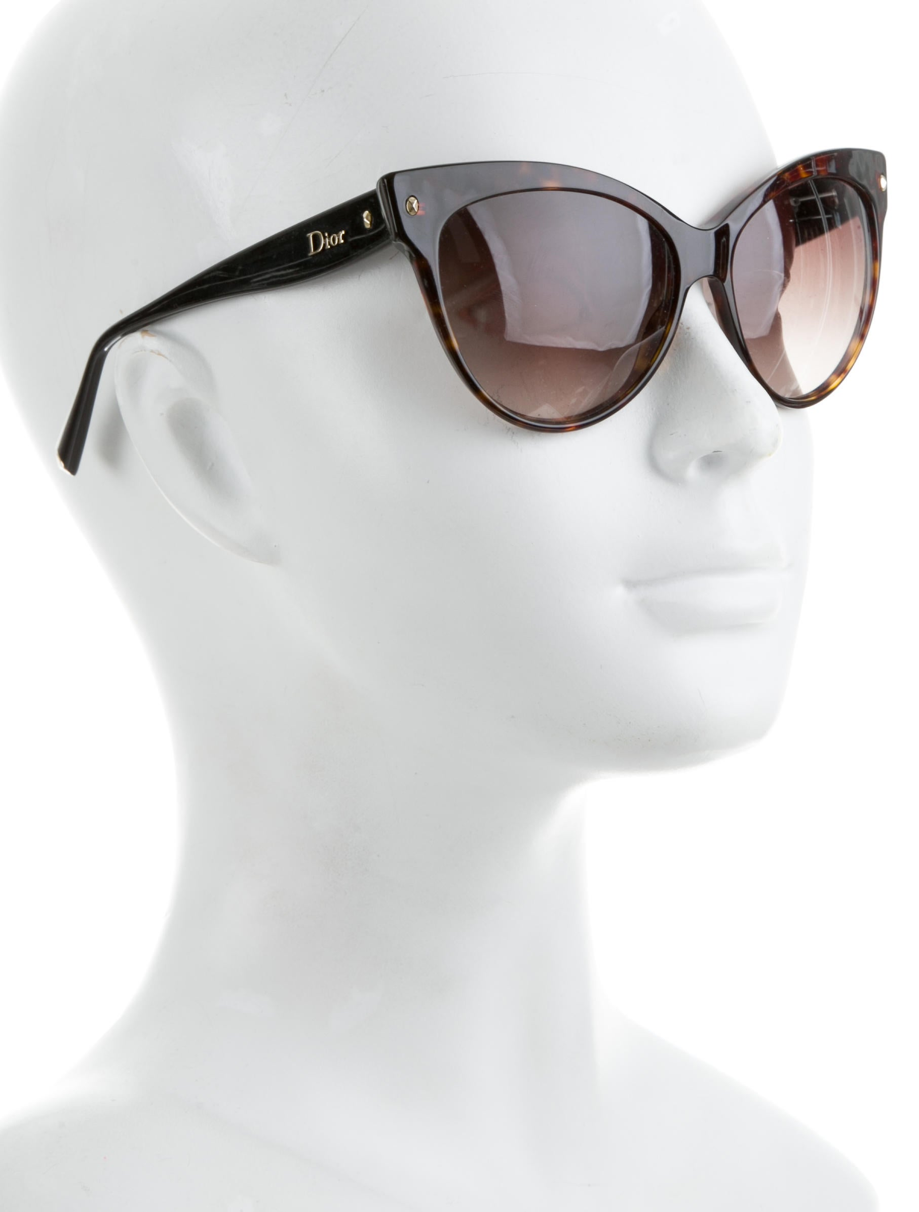 3ec3ccf105 Christian Dior Les Marquises Cat-Eye Sunglasses - Accessories ...