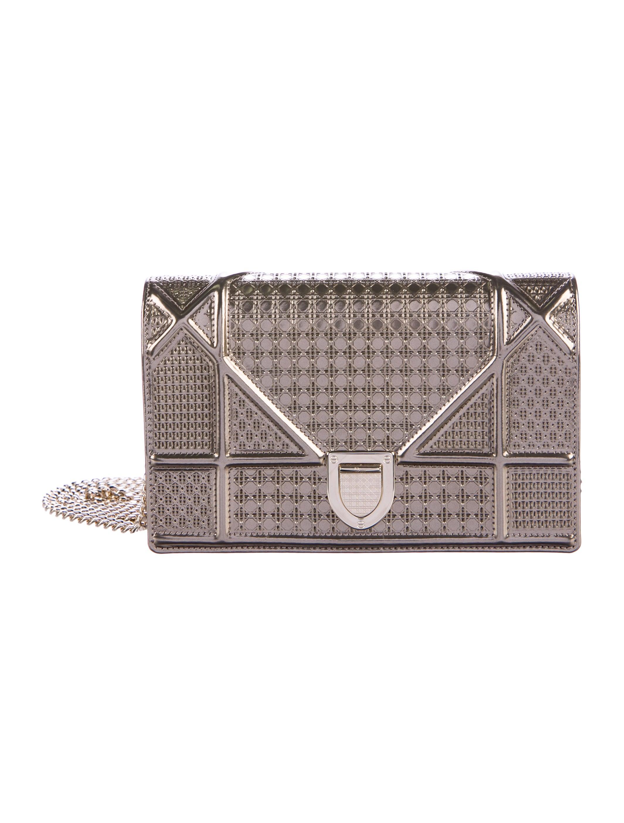 a2022ac0f6e1 Christian Dior Metallic Diorama Wallet On Chain - Handbags ...