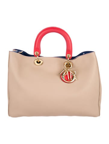 Christian Dior Large Soft Lady Dior Tote None