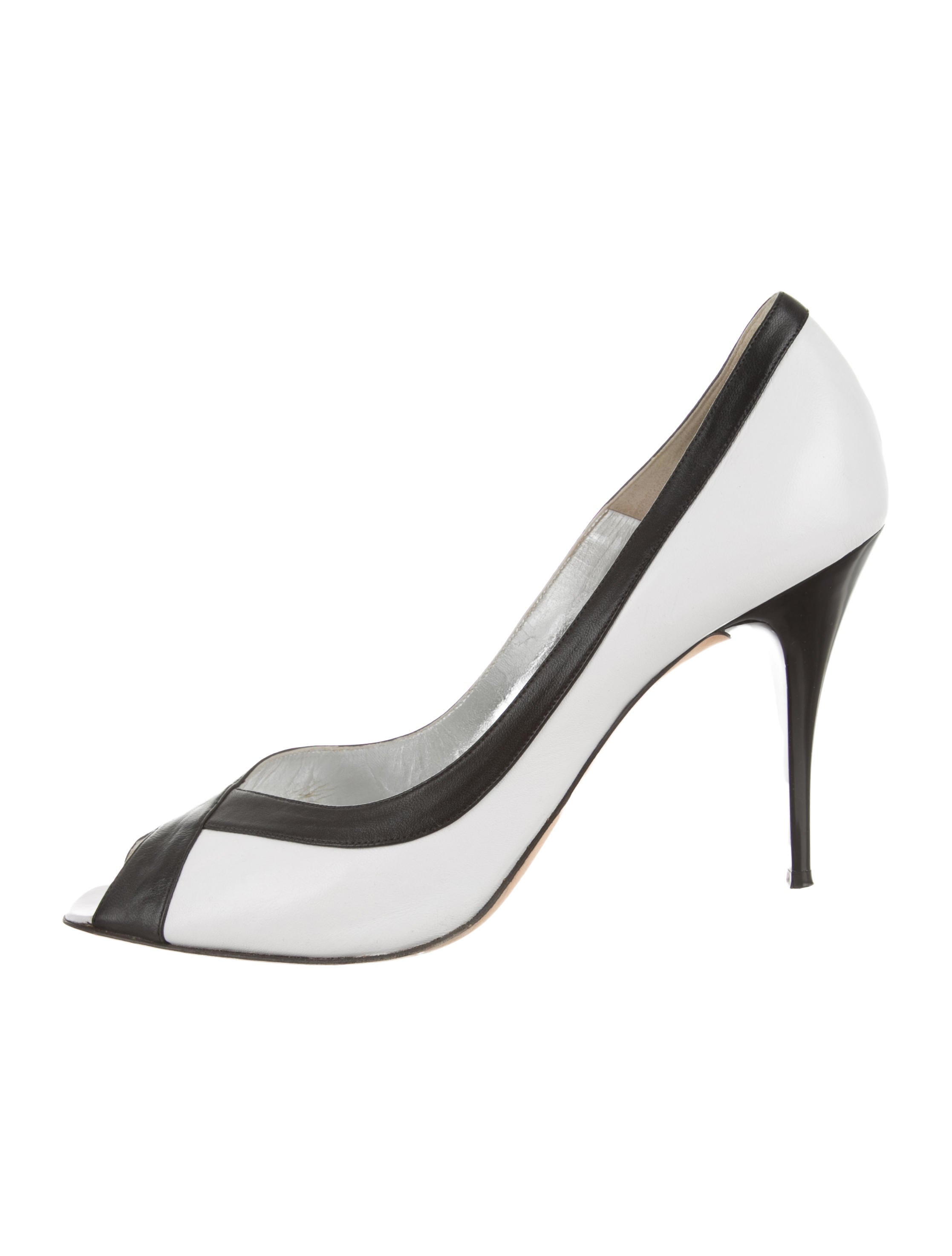 Christian Lacroix Leather Pointed-Toe Pumps cheap sale best seller marketable sale online discount wide range of sale new footaction cheap price 0Ys0uG6H