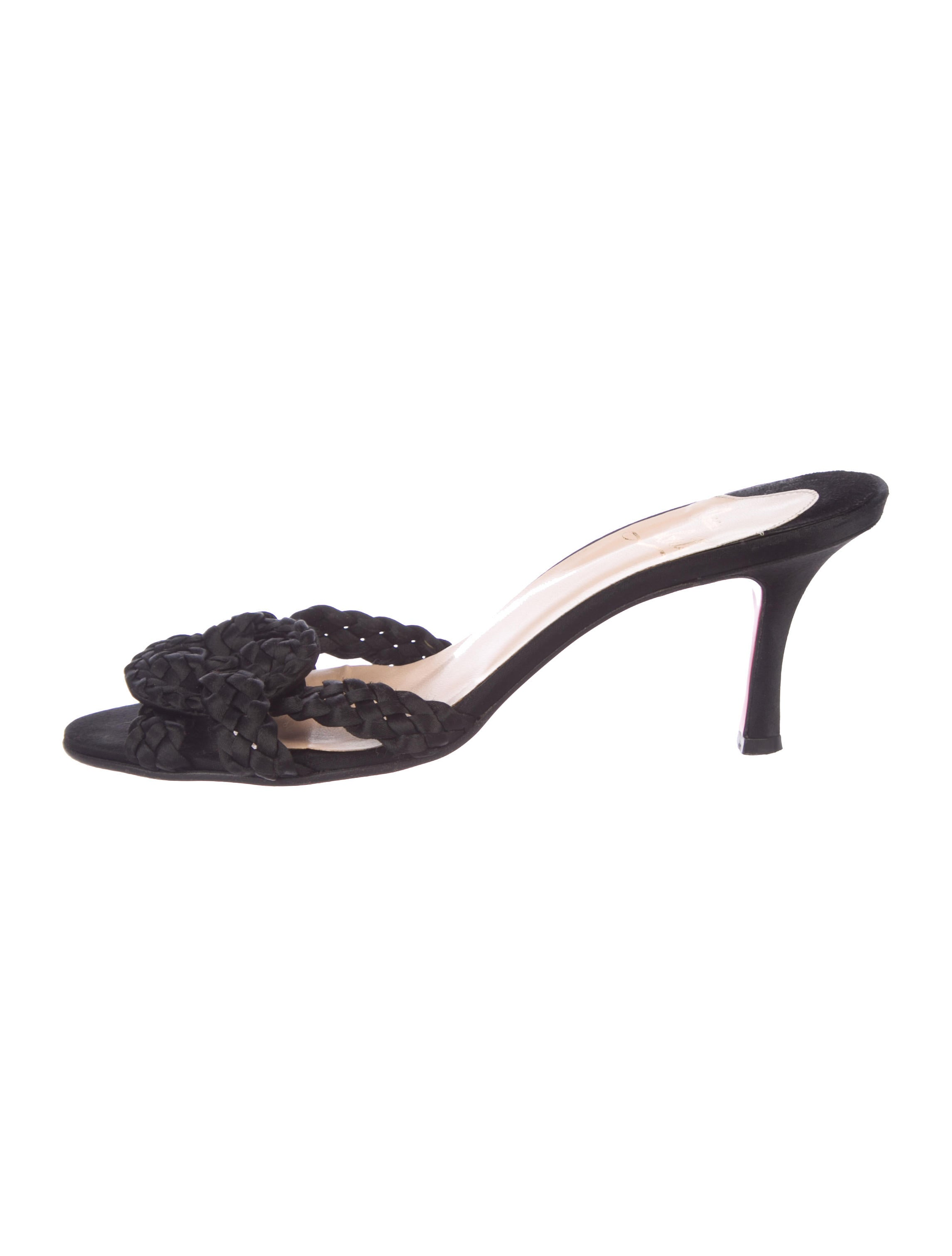 christian louboutin shoes the realreal rh therealreal com