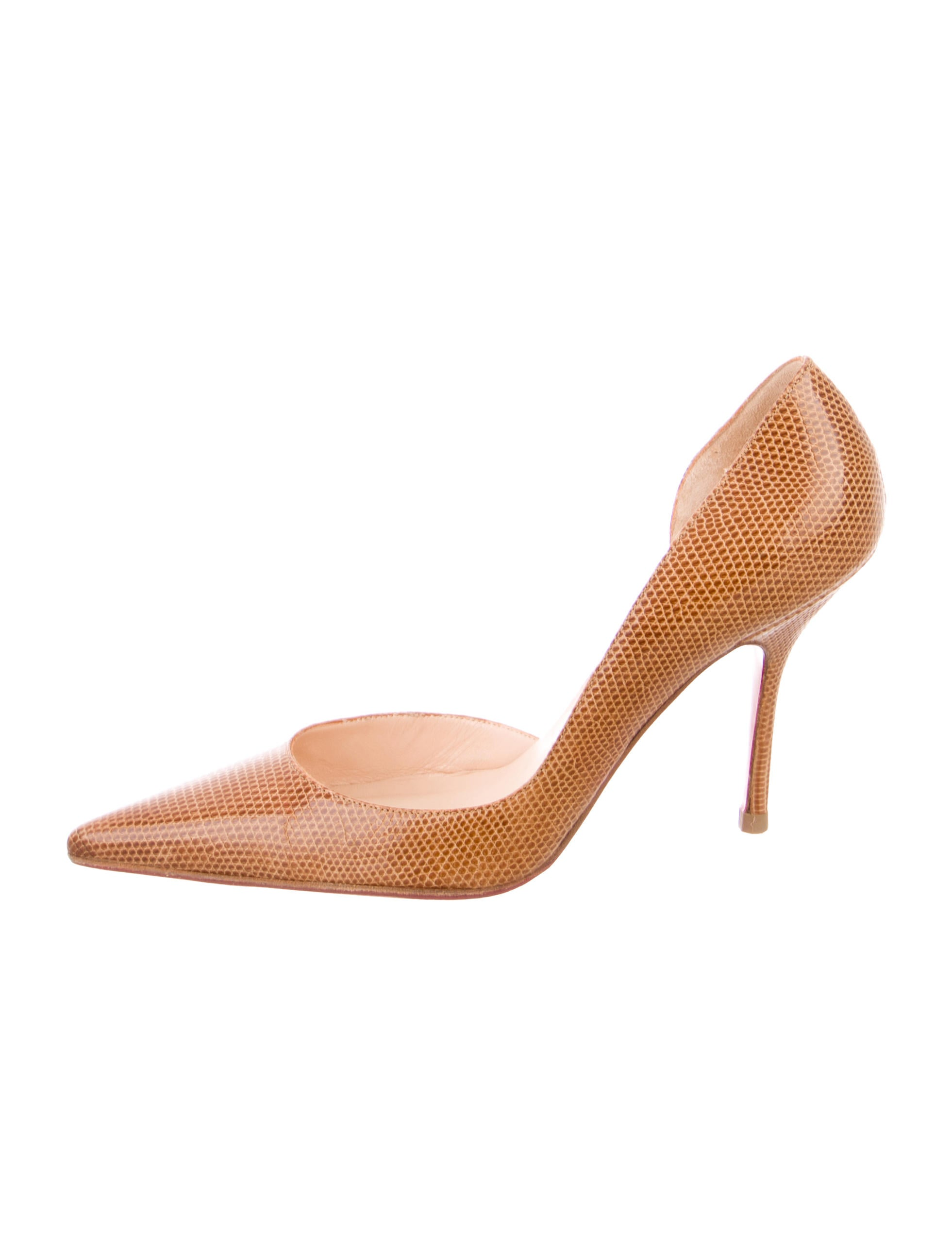 fa5428e8d Christian Louboutin Pumps | The RealReal
