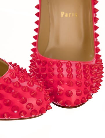 Fifi Spikes Patent Pumps
