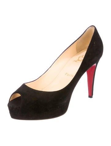 Alta Dama Pumps
