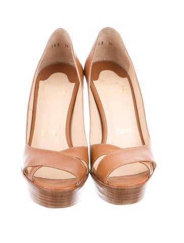 Platforms Open-Toe Pumps