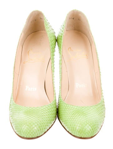 Round-Toe Pyhton Pumps