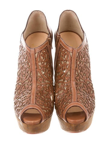 Pampas Laser-Cut Ankle Booties