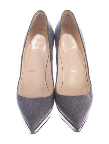 Gwenissima Pointed-Toe Pumps
