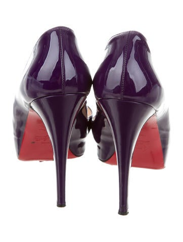 Very Prive Peep-Toe Pumps