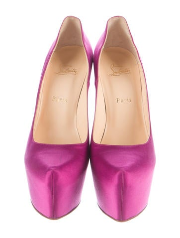 Daffodile Satin Pumps