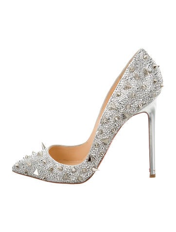 Spike Embellished Pointed-Toe Pumps