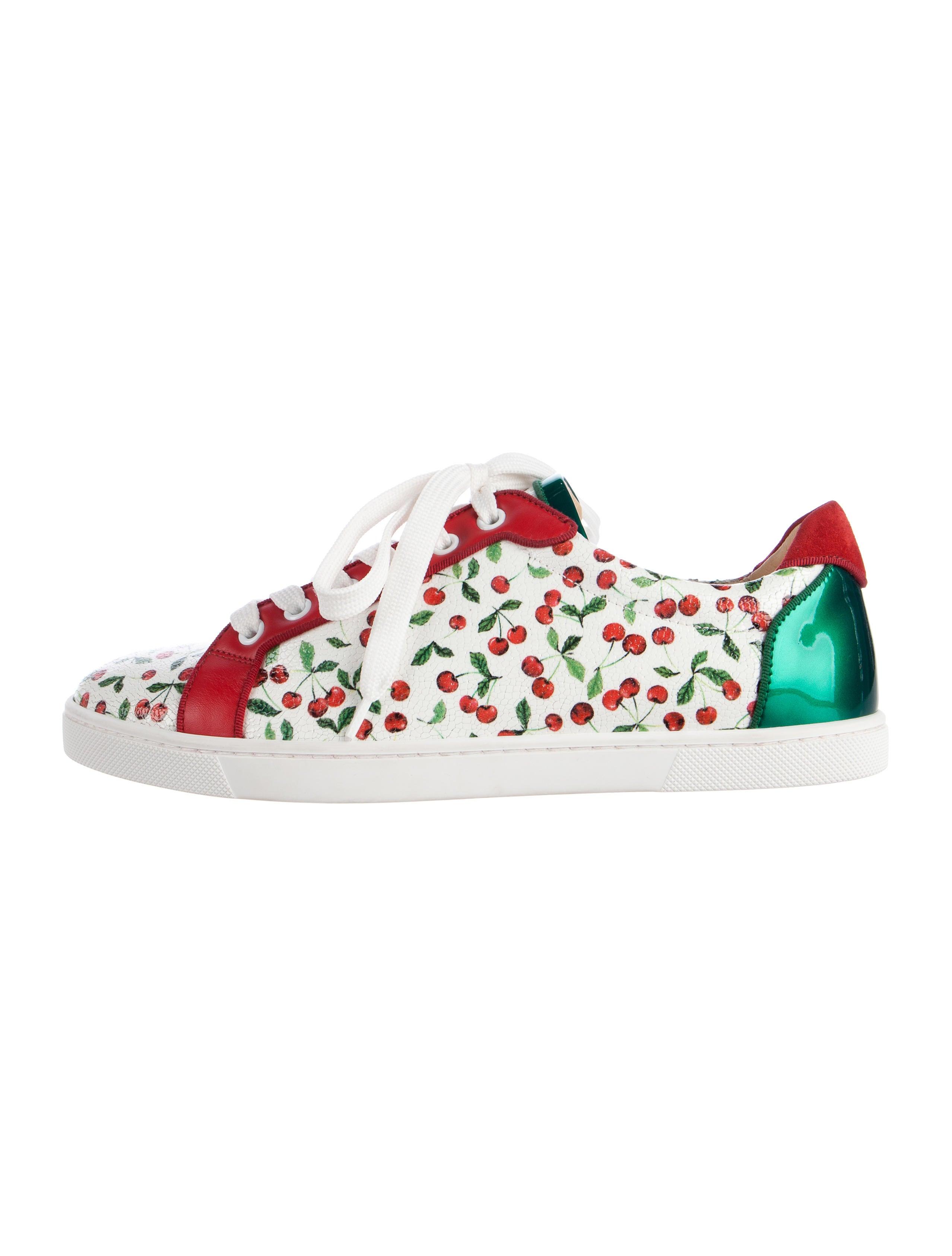 295e6b97c95 Christian Louboutin Seava Leather Low-Top Sneakers - Shoes ...