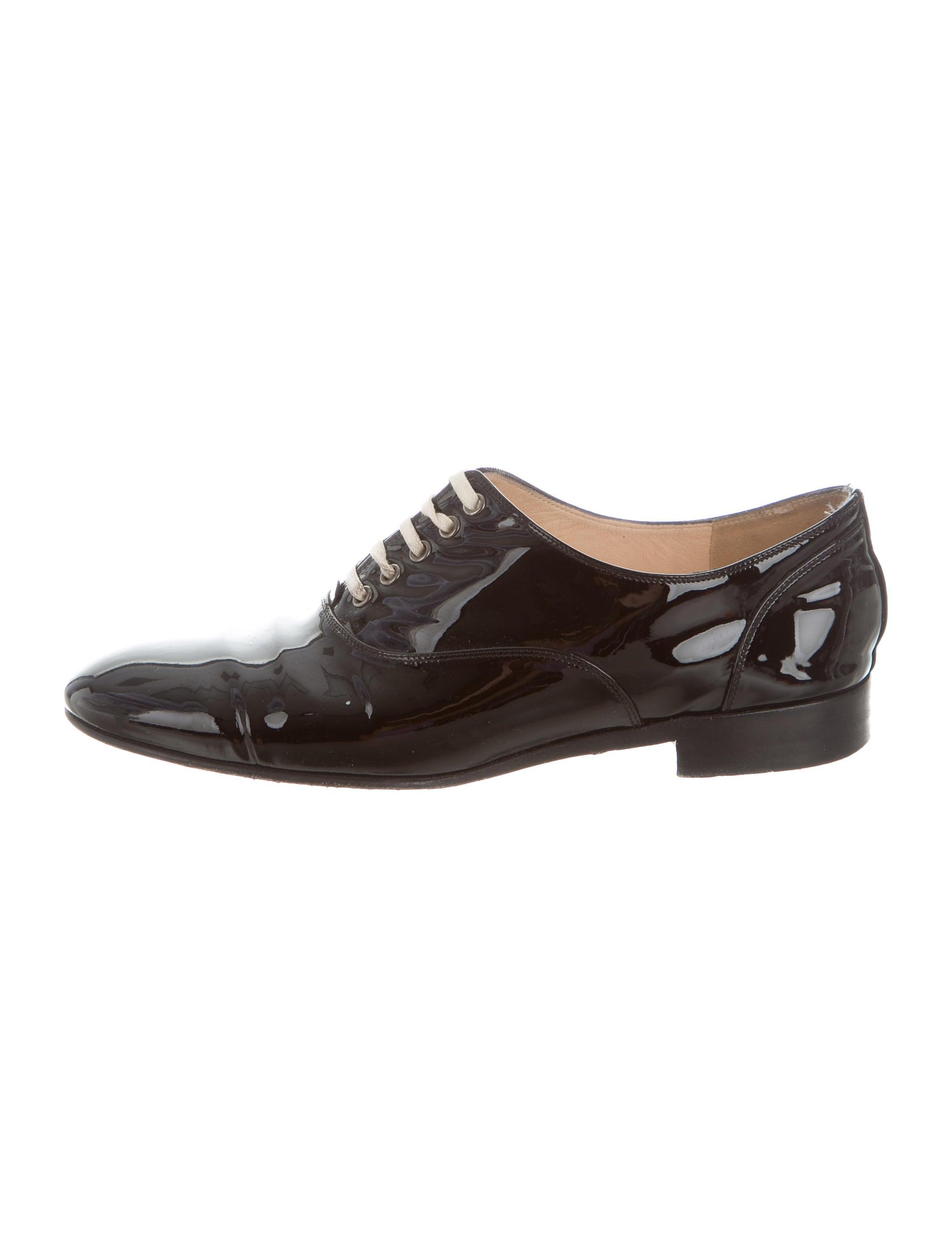Loafers Patent Calfskin & Grosgrain, Black Ref. GY $1,* Mules Laminated Goatskin & Patent Calfskin, dark green & black Ref. GYK $* Loafers Velvet, Grosgrain & Pearls, Black Ref. GY