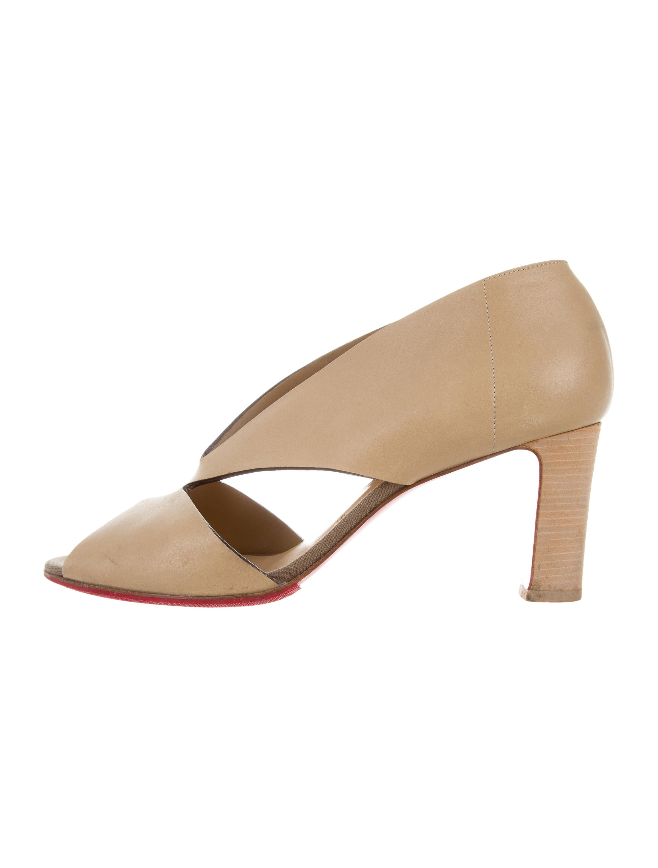 090c79219df1 Real Christian Louboutin On Sale Christian Pulisic Soccer