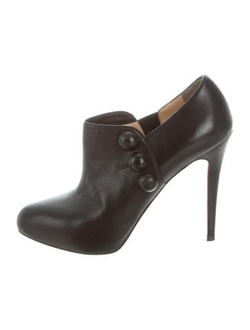 Christian Louboutin Leather Button-Accented Booties buy cheap in China gar6Aaq