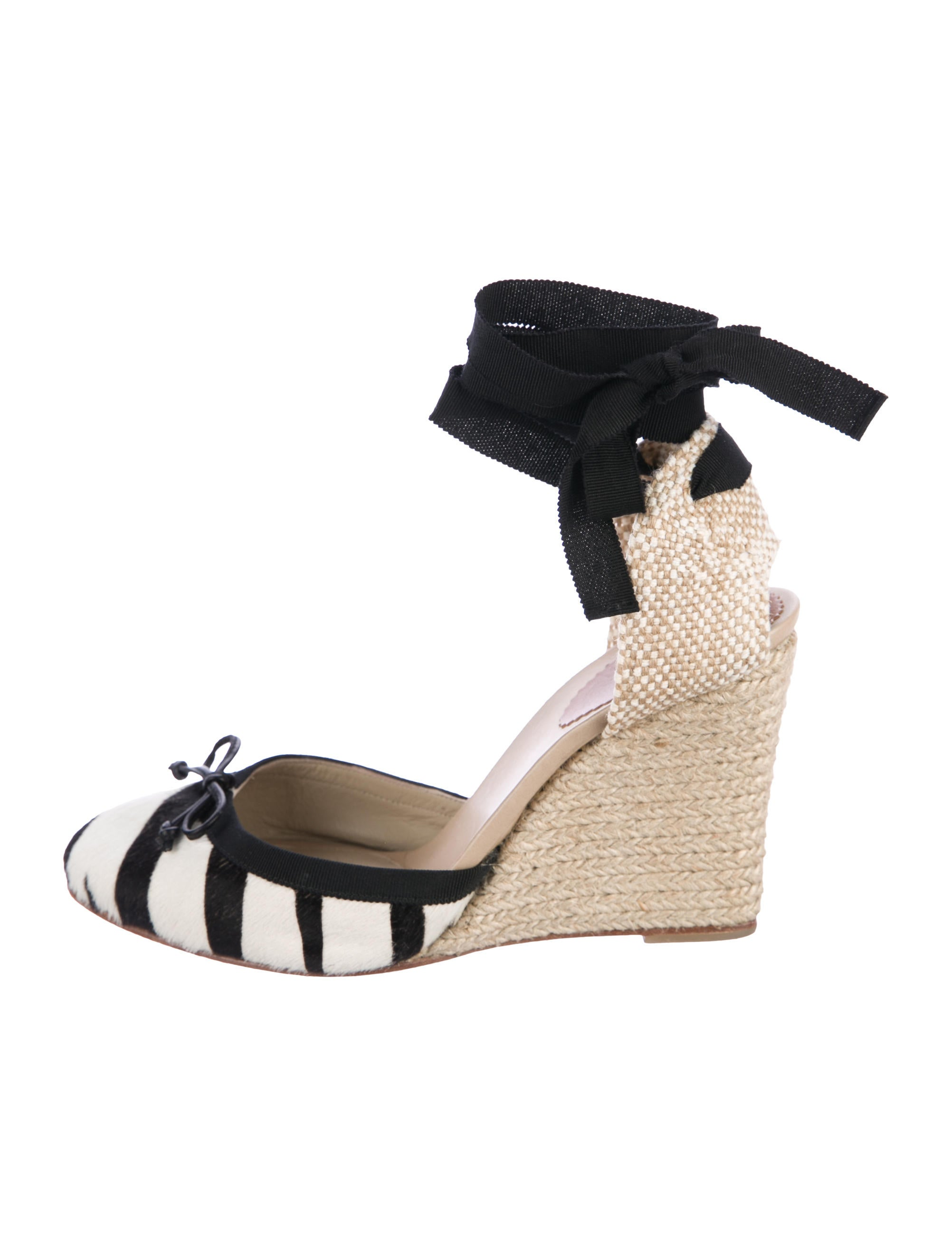 aff79392710c Christian Louboutin Carino 100 Wedges - Shoes - CHT81403