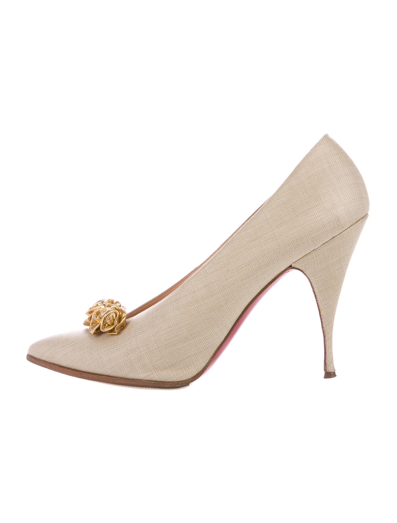 Christian Louboutin Raffia Pointed-Toe Pumps cheap sale Manchester 8XM0wi6w