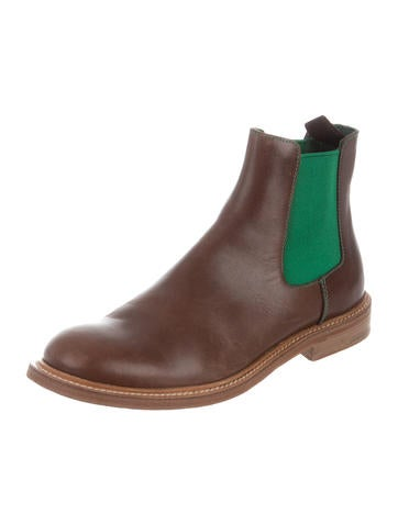 Round-Toe Chelsea Boots
