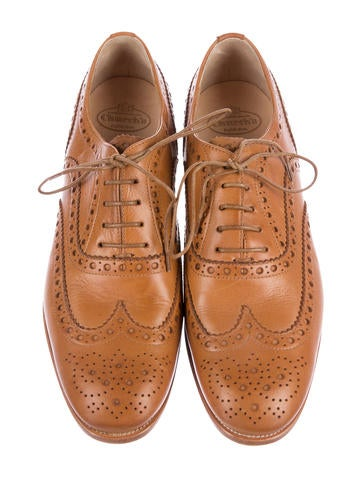 Buewood Wing-Tip Oxfords