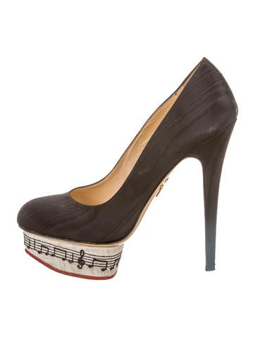 Dance With Me Dolly Platform Pumps