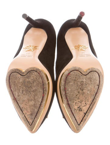 Fairest Of Them All Pumps