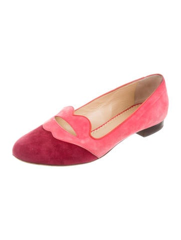 Bisoux Lip-Accented Loafers